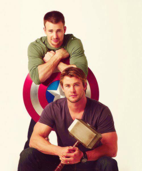 Thor y el Capitán América están bastante chéveres en esta foto