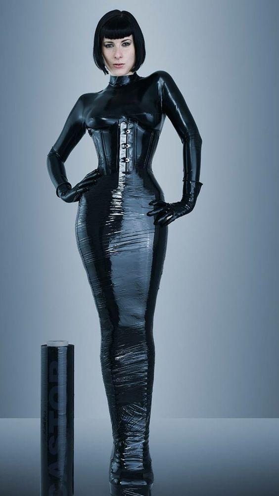 Cellophane Bondage 106