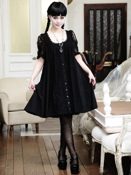 wednesday addams style gothic lolita:
