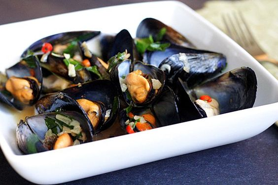 Steamed Mussels with Lemongrass, Thai Basil, Chilies, and Coconut ...