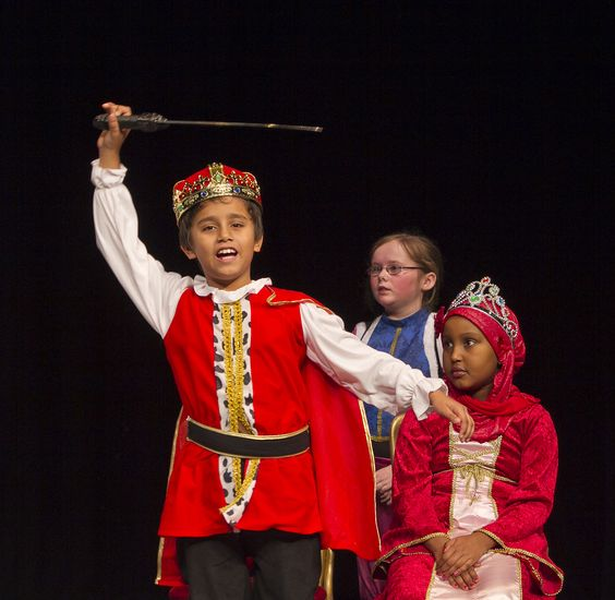 Colin Hume from the UK won in 2011 in the category Plays for Young Performers with his play Quest of the Four Princesses