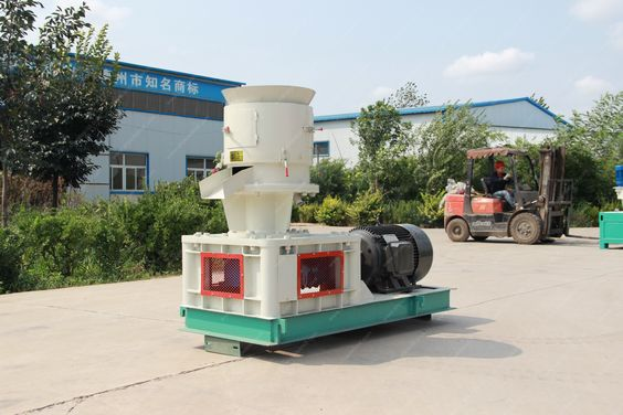 Flat die wood pellet mill, is used for small-scale wood pellets production for home heating. It can press 6-8mm diameter biomass fuel pellet. Raw materials:Coarse fiber like wood sawdust, agricultural stalk and other biomass for burning. Model: XSKJ400 Capacity: 300kg-600kg per hour Power: 30kw Finished pellet diameter: 6-8mm Weight: 1400kg Dimension: 1750*1400*1600mm