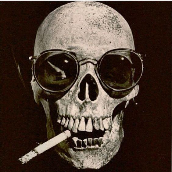 Cigarette smoking skull | anatomy, taxidermy, skeletons ...