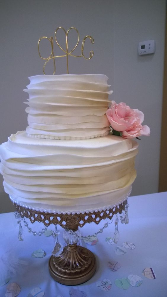 wedding cake small small but wedding cake cakes by me 24972