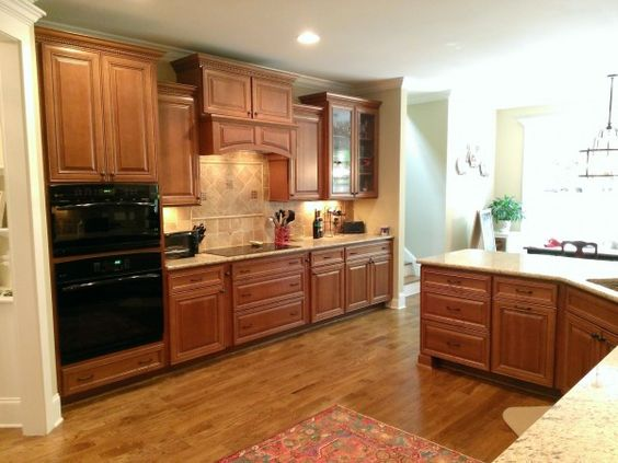Best Classic Cabinets Chocolate Glaze And Wolves On Pinterest 400 x 300