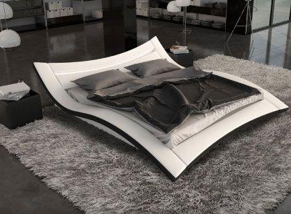 un lit design blanc avec lumi re int gr e dans la t te de lit un lit design en simili cuir. Black Bedroom Furniture Sets. Home Design Ideas
