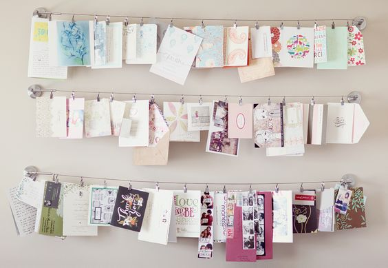 love this idea for pictures! for the office
