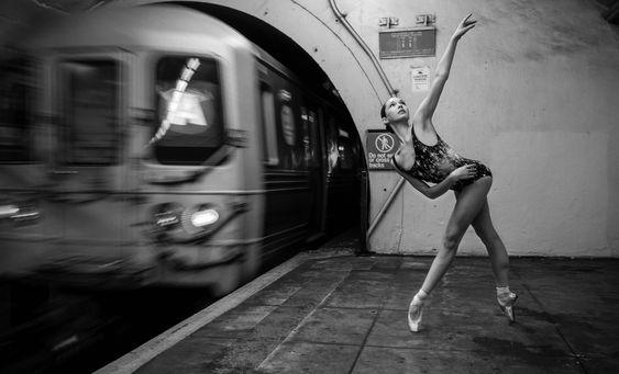 Click to view: Ballerina Juliet Doherty. #Ballet_beautie #sur_les_pointes  *Ballet_beautie, sur les pointes !*
