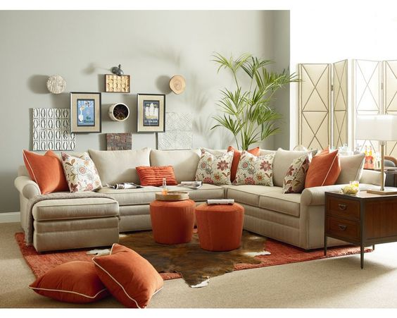 Concord Sectional//Thomasville Portland//Living Room Inspiration