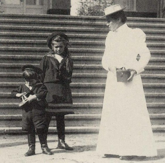 Maria Nikolaevna and her little brother Alexei, circa 1907 OTMA's  Camera