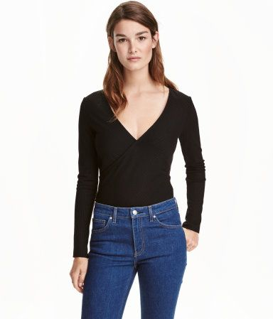 Red. Top in ribbed, viscose-blend jersey. Wrapover front with low-cut neckline…