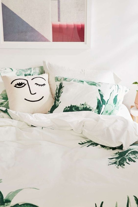 Expressive Palms Duvet Cover - Urban Outfitters #Duvets