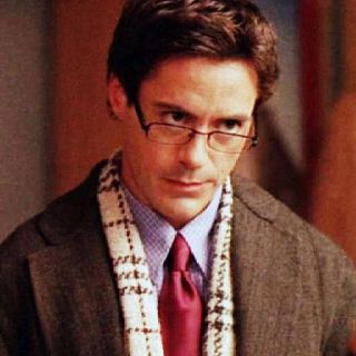 Robert Downey Jr. as Larry on #AllyMcBeal: costume designed by #YanaSyrkin #RobertDowneyJr