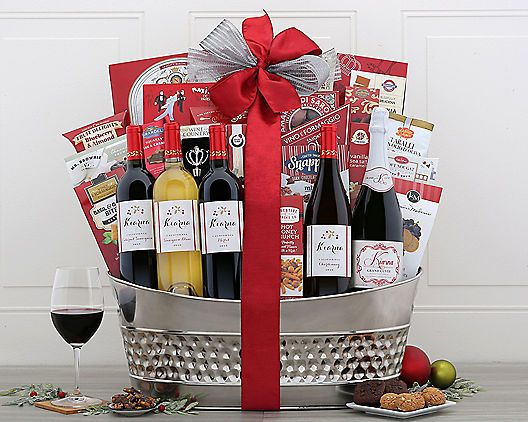 Christmas Holiday Magic Wine Gift Basket Gourmet Christmas Wine