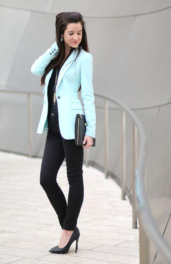 (Pre)Springtime Wardrobe Staple: Banana Republic Turquoise Blazer - Diary of a Debutante