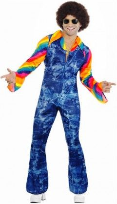 LA combinaison en jean's avec chemise aux couleurs de l'arc en ciel, c'est LA tenue disco, pour vous les hommes !
