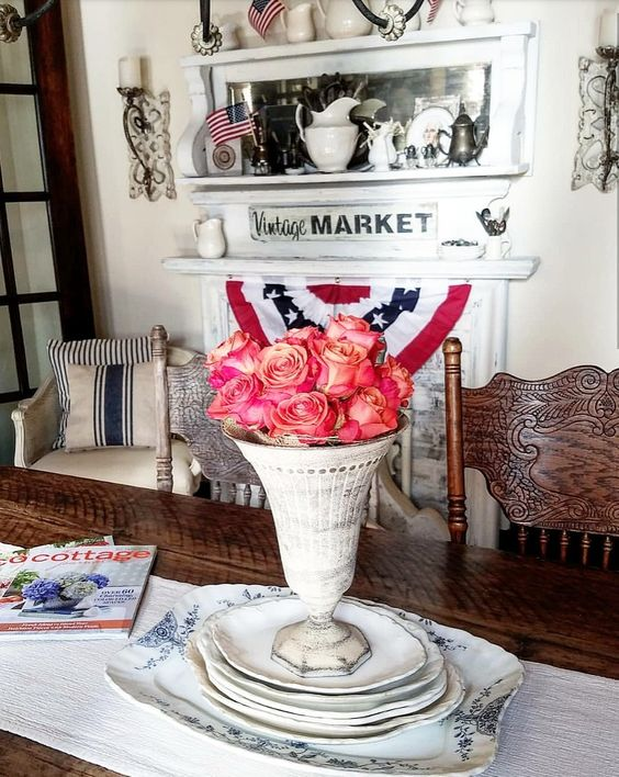 Gorgeous coral roses farmhouse dining room patriotic farmhouse decor