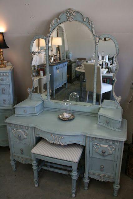 Reloved Rubbish: Vintage Aqua Dresser and Vanity Set: Vintage Vanity Set, Vintage Aqua, Painted Furniture, Bedroom Vanity Diy, Vanity Table, Aqua Dresser, Vintage Bedroom Set, Vintage Dressing Table