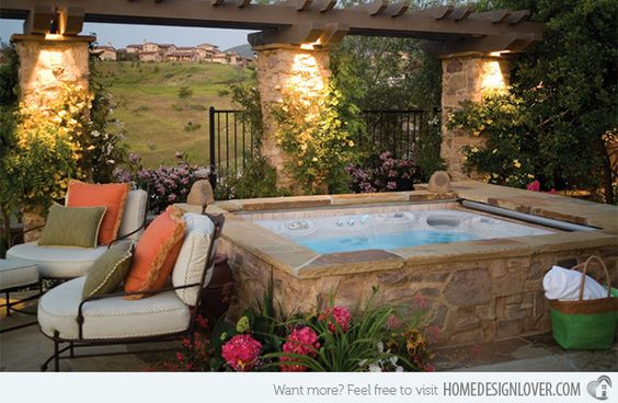 15 Square Hot Tubs for Relaxation | Home Design Lover