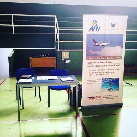 Jornadas de orientación colegio marcote. #futurepilot #flightskool #flighttraining