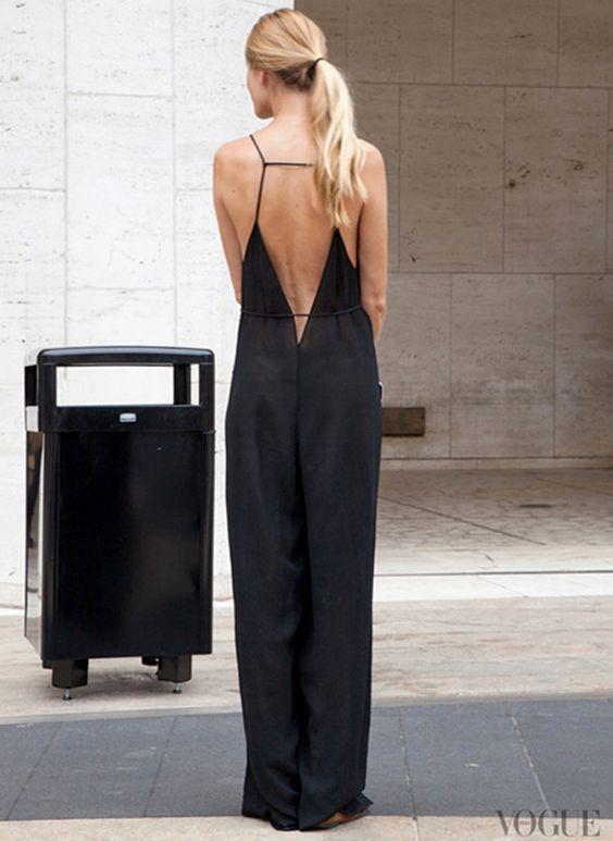 La combi-pantalon dos nu, une bonne alternative à la longue robe noire !