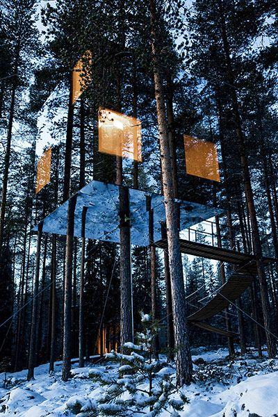 hidey hidey in my tree house. the mirror cube at tree hotel. boreai forest.