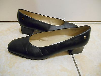 Etienne Aigner 7.5 Wide Black Leather Low Heel Pump Shoes Womens ...