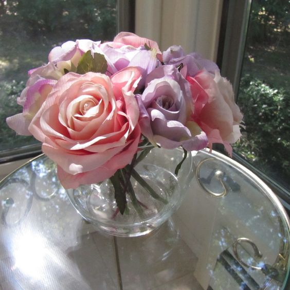 Beautiful silk flower rose arrangement