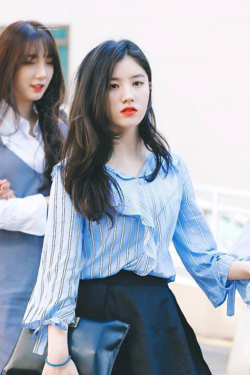 Best 12 Pristin Pristin At Seoul Foreign School Graduation Fashion Kpop Girls Women
