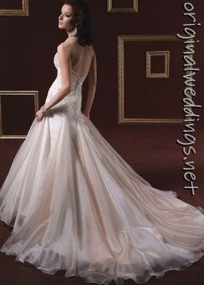 breath-taking gown! blinging-bride