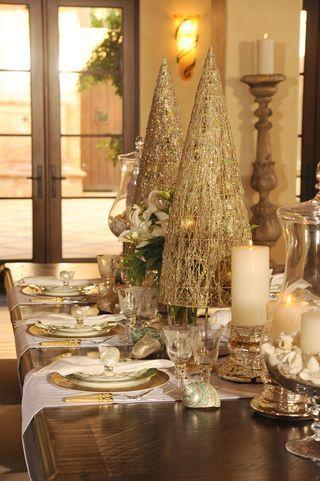 Décor de table élégant en or