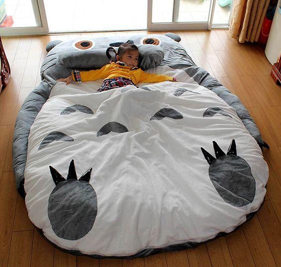 Lit-Totoro-Miyazaki