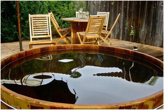 Indoor Vs Outdoor Hot Tubs Hot Tub Outdoor Hot Tub Jacuzzi Outdoor