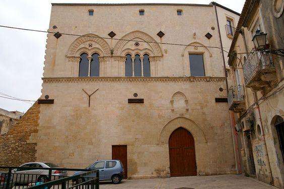 Syracuse - Palazzo montalto - XIVème - Ile d'Ortygie