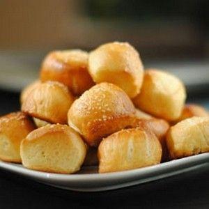 Baked Pretzel Bites   foodraf