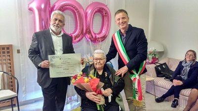 San Giovanni Teatino i 100 anni di nonna Maria