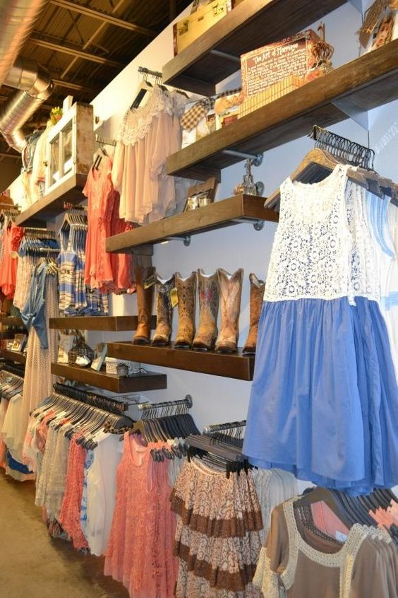 Altar d state clothing store