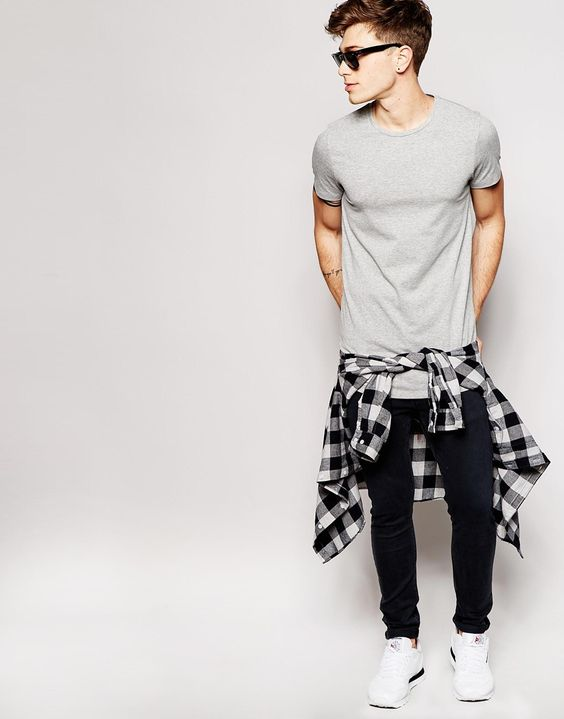 Image 4 of Jack & Jones Longline T-Shirt: