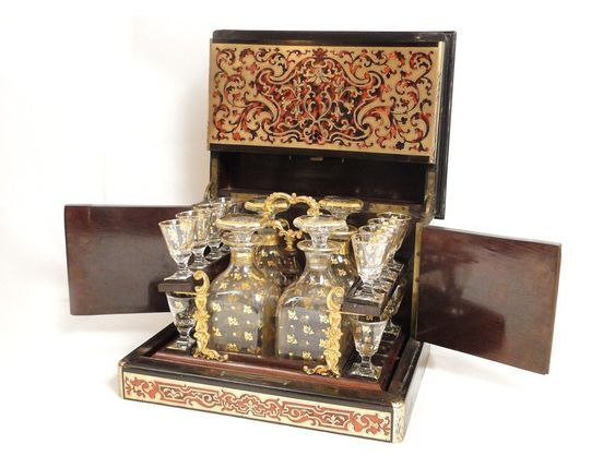 Liqueur Boulle marquetry, carafes of Baccarat crystal glasses, NapIII nineteenth