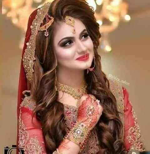 Pin By Zarnish On Pakistani Wedding S Pakistani Bridal Hairstyles Pakistani Bridal Makeup Bridal Makeover