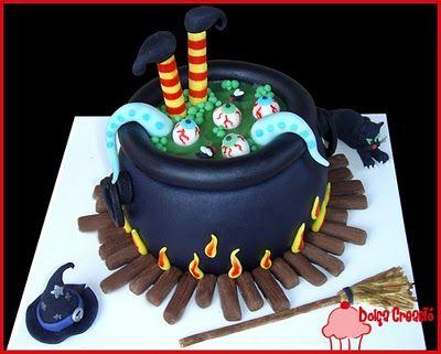 Tarta mágica para un cumpleaños de brujas
