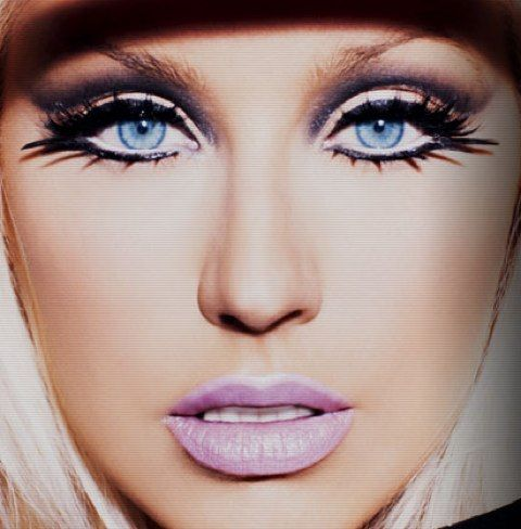 Christina Aguilera, Keeps Getting Better