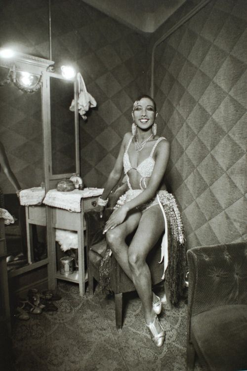 Josephine Baker in her dressing room by Luis Ramon Marin (1930):