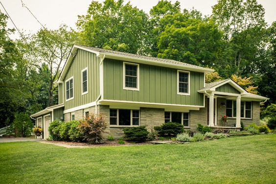 Tri level home exterior remodel google search for Tri level house pictures