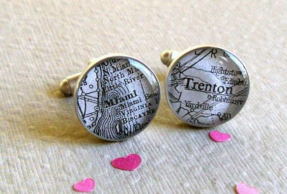 Snazzing up the ordinary for dudes: customizable map cufflinks!