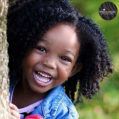 Mais cuidado com os dentinhos das crianças    Levar o pequeno ao dentista e cuidar da higiene oral já nos primeiros meses de vida ajuda a garantir um sorriso perfeito para a vida.    Para continuar a ler o artigo entre no seguinte link >>http://bit.ly/12WKmbS    Via Blog Perola Negra, Lda