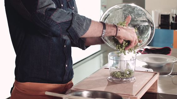 Le video ricette: teglia di broccoli e ceci al forno - Bello&Buono - Blog - Repubblica.it
