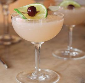 "Hellloooo, summer. The Hemingway Daiquiri, aka the ""Papa Doble"" - rum, maraschino liqueur, lime juice and grapefruit juice."
