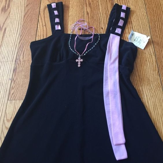 Cute little Black Dress with a hint of Pink Cute little Black Dress with a hint of Pink Dresses Mini