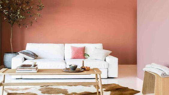 Door je muur met roze te verven geef je je woonkamer direct een luxe uitstraling. Test je exacte kleur roze op jouw muur met de Flexa Kleurtesters.